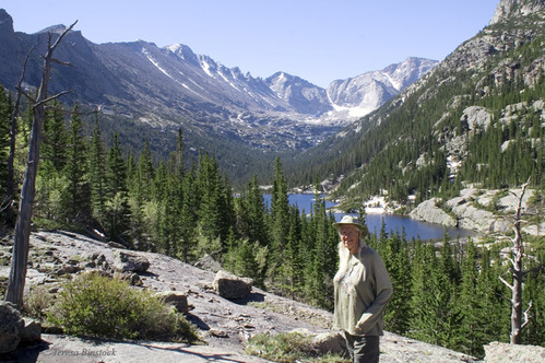 Teresa_visits_mills_lake_in_rmnp